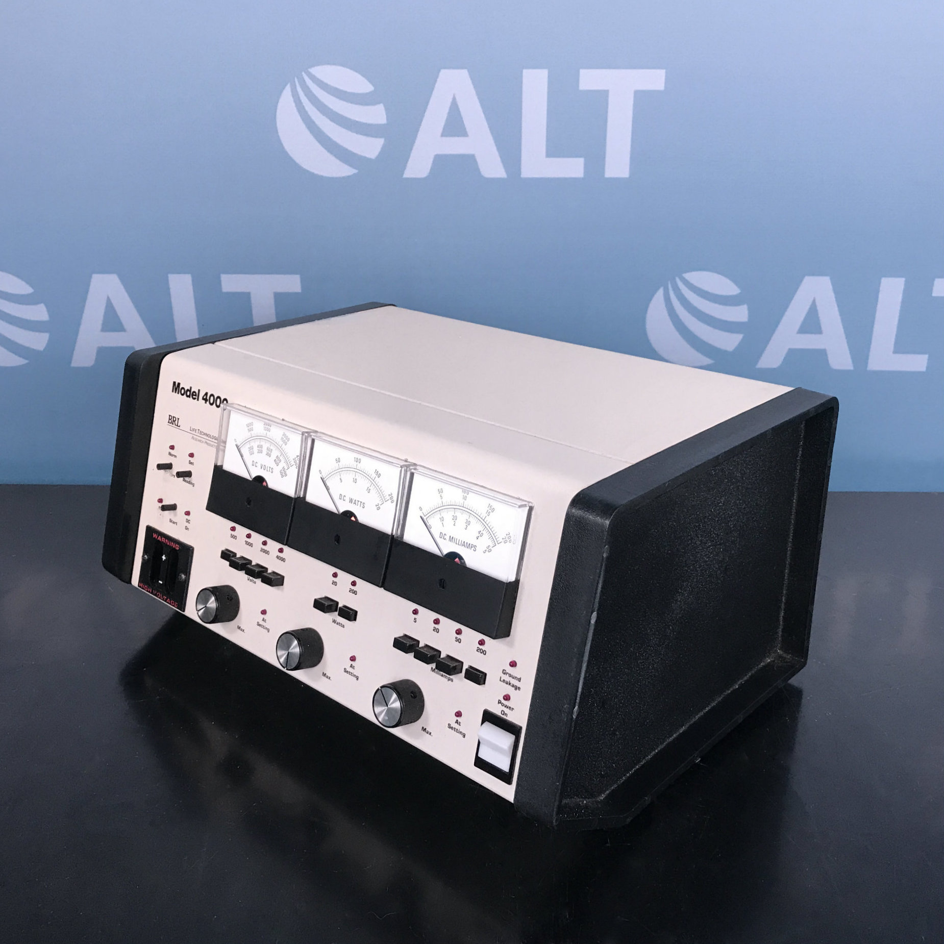 BRL/Life Technologies Model 4000 Electrophoresis Power Supply Image