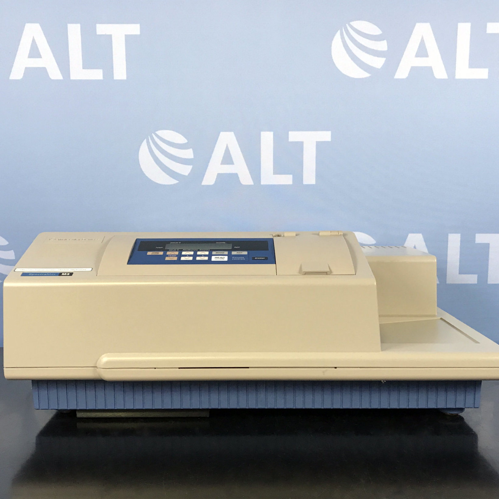 Molecular Devices SpectraMax M3 Multi-Mode Microplate Reader Image