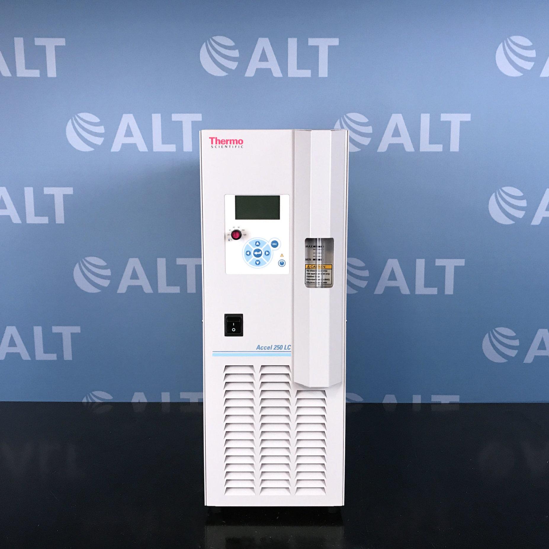 Thermo Scientific Polar Series Accel 250 LC Recirculating Chiller Image