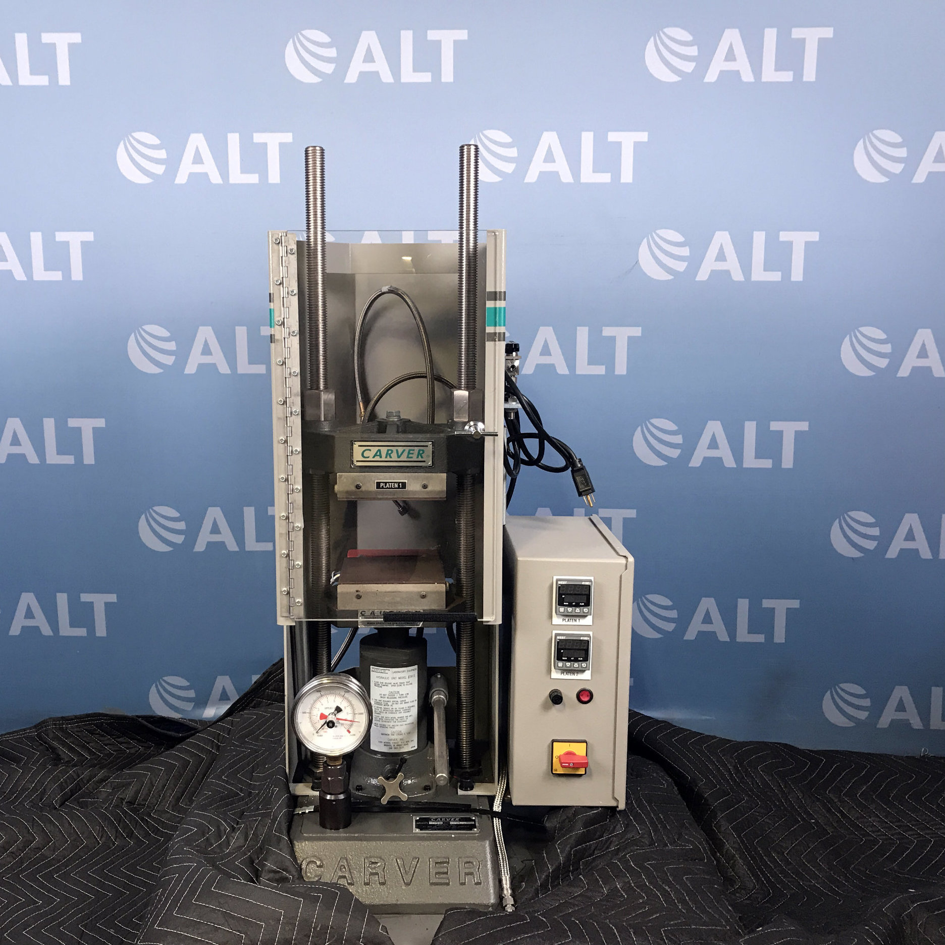 Carver Model 4386.1010 12 Ton Hydraulic Laboratory Press With Safety Shield And Heated Platens Image
