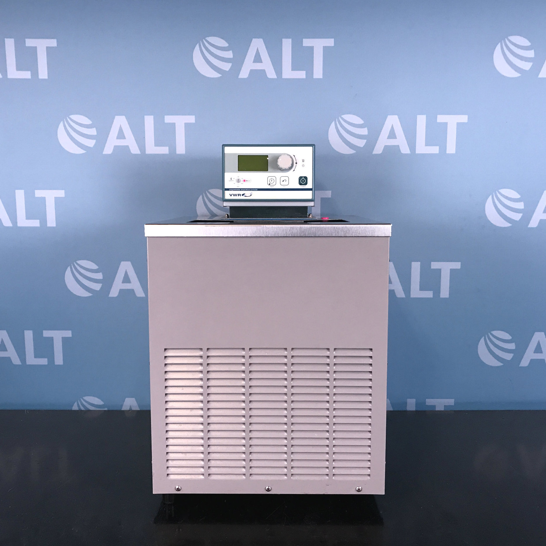 VWR Digital Recirculating Refrigerated Water Bath Model 1157P Image