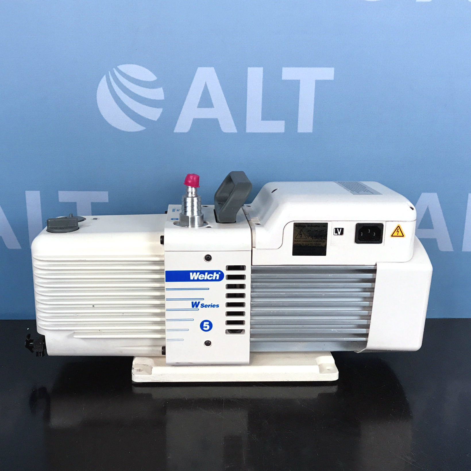 Welch W Series 5 Direct Vacuum Pump Model 8912A Image