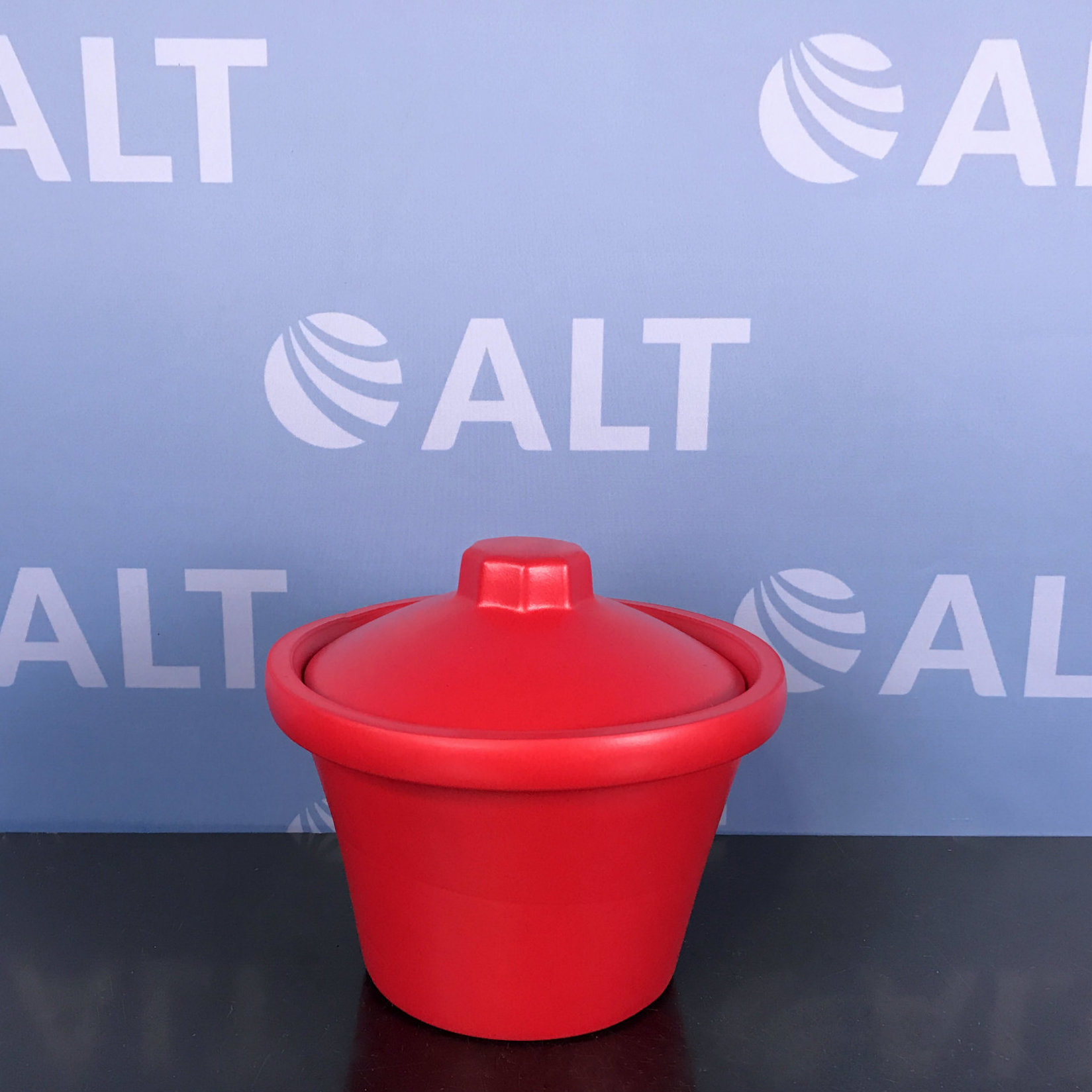 Bel-Art Magic Touch Ice Bucket, 4.0L, Red w/ Lid Image