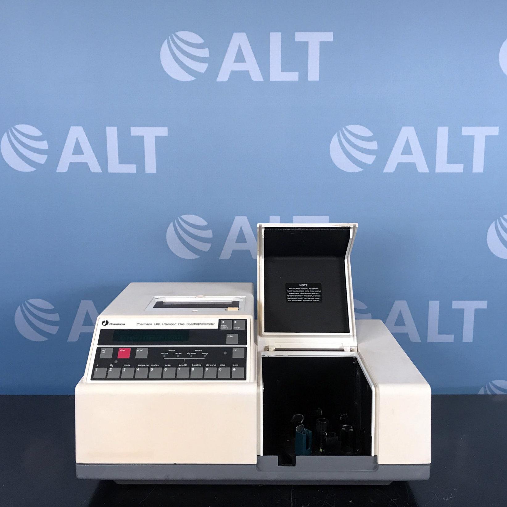 Pharmacia LKB Ultrospec Plus Spectrophotometer Model 80-2092-26 Image