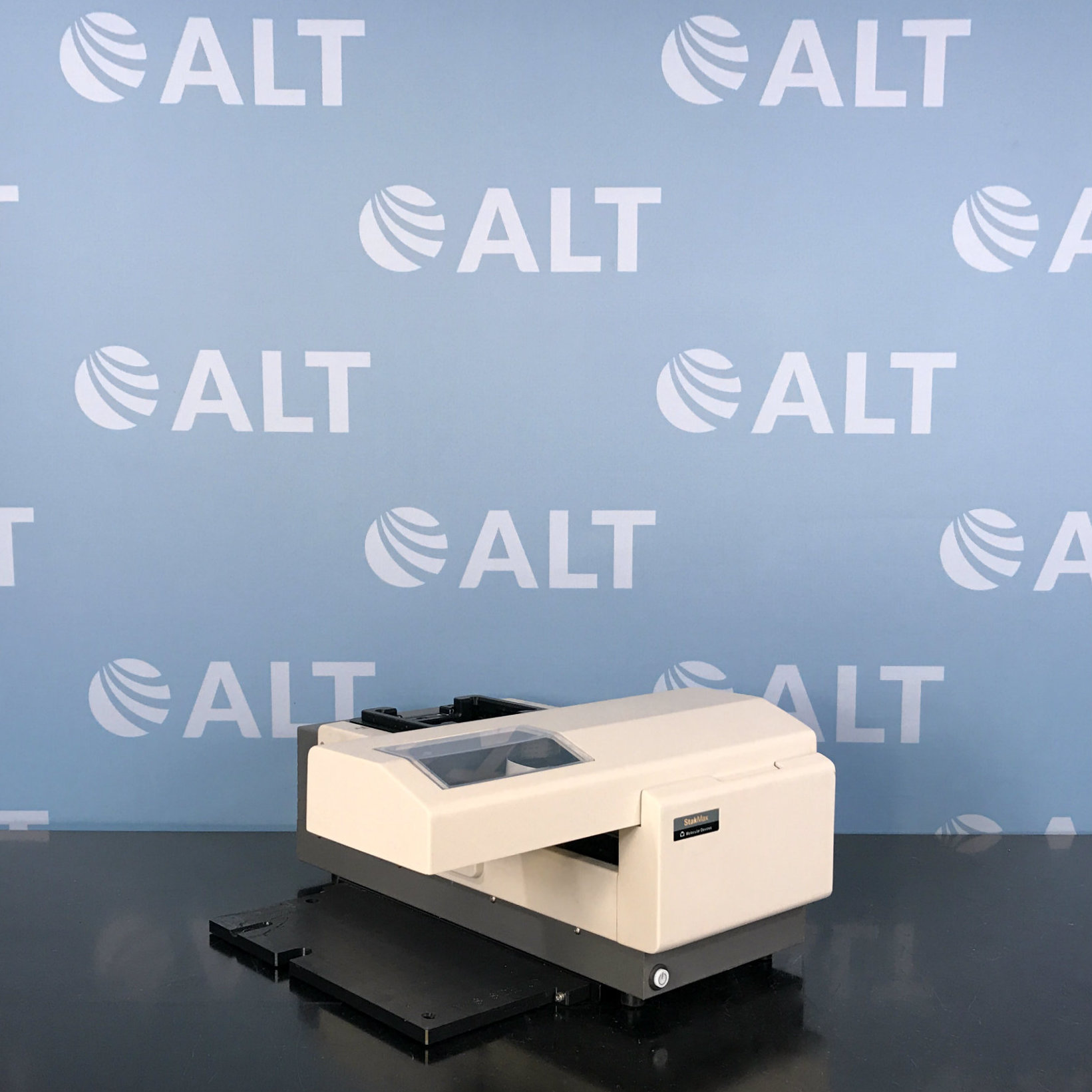 Molecular Devices StakMax Microplate Stacker Image