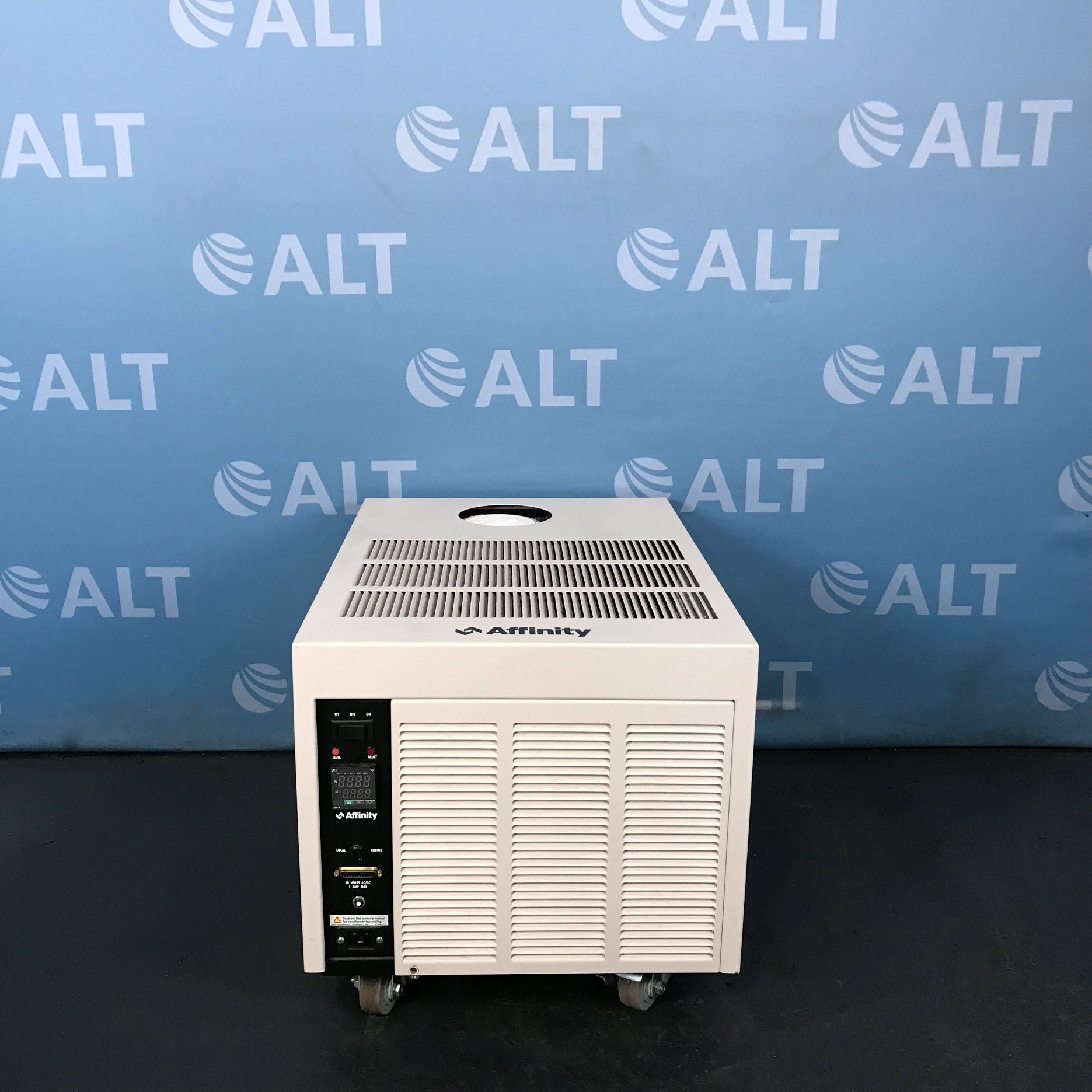Chiller Model RAA-007T-CD64CBD3 Name