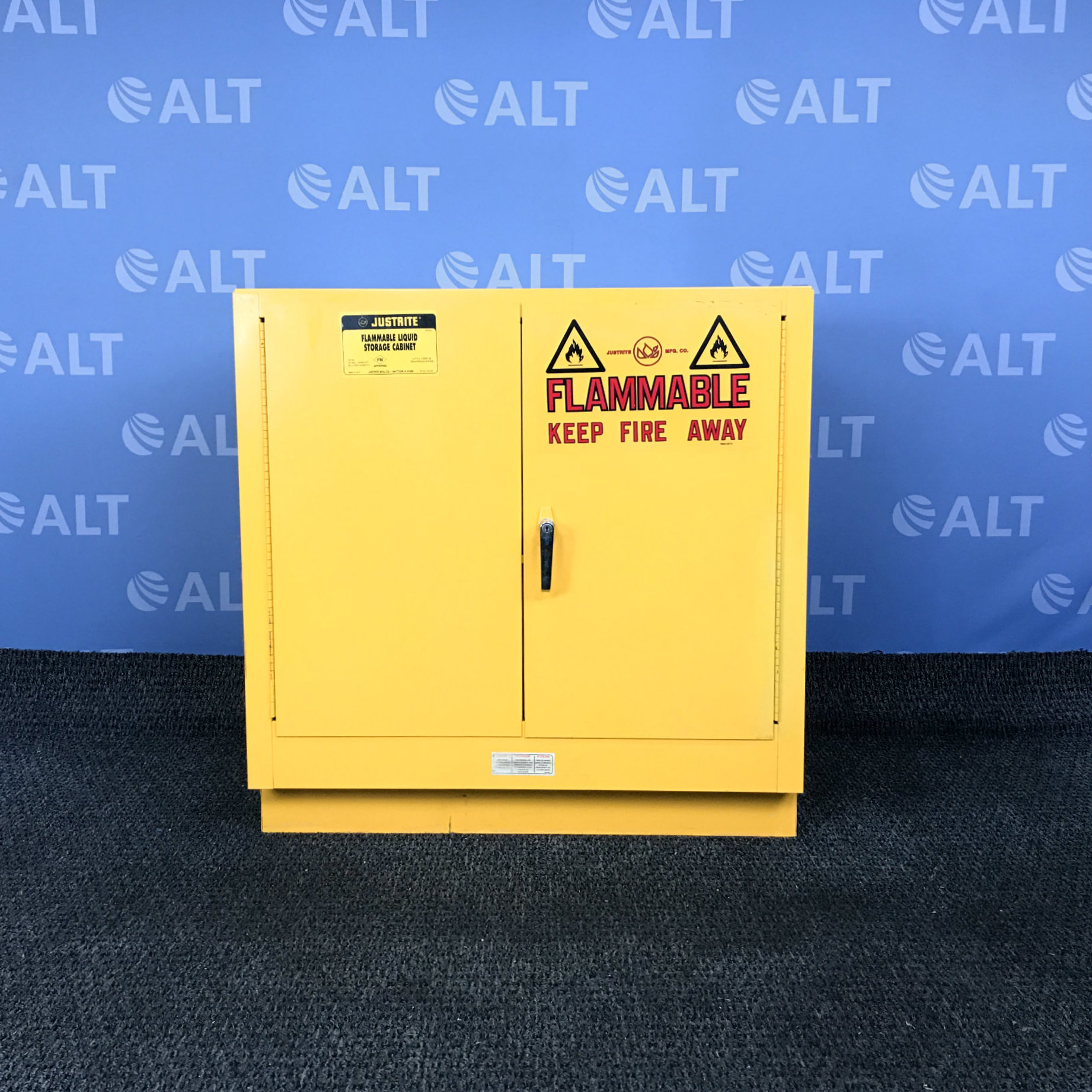 Model 25730 22 gal. Flammable Cabinet, 35
