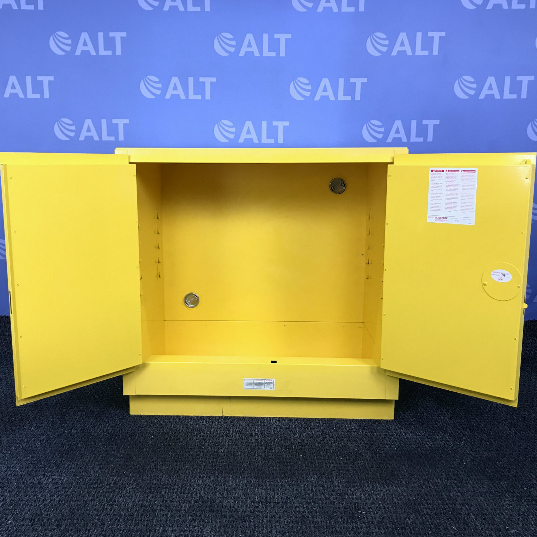 Justrite Model 25730 22 gal. Flammable Cabinet, 35