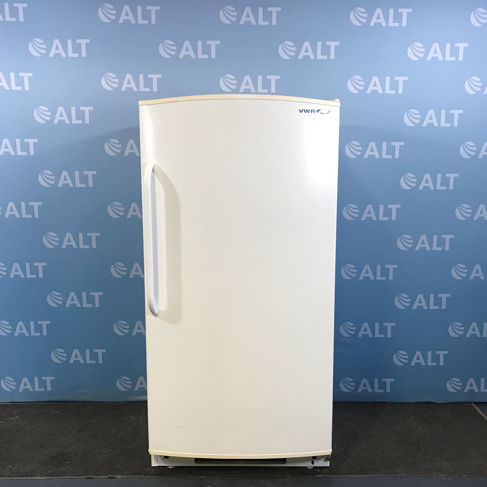 VWR General Purpose -20 Freezer Model U2020GA15 Image