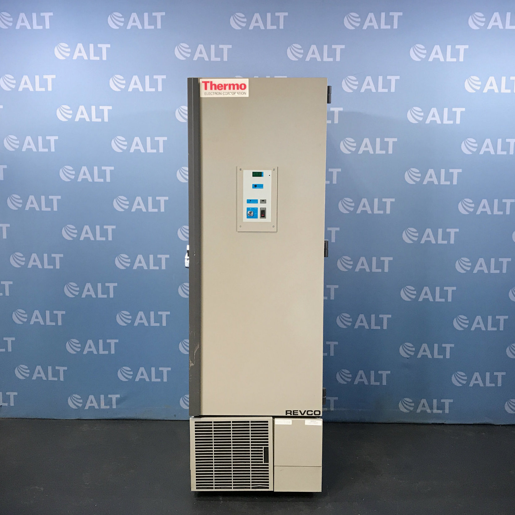 Thermo Electron Corporation Revco Slimline Ultralow-Temperature Freezer Model ULT1186-3SI-A35 Image