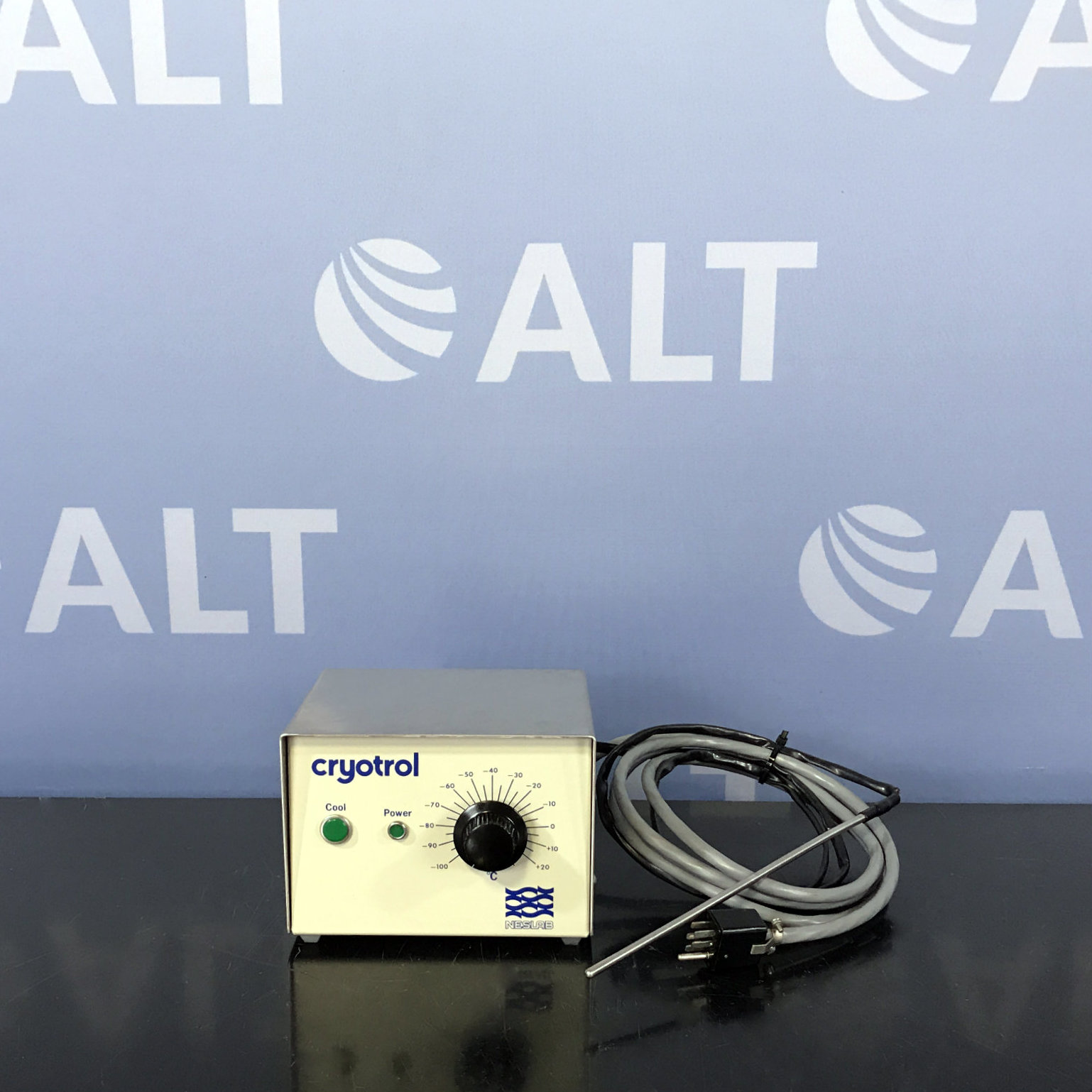 Neslab Cryotrol Temperature Controller P/N 431003000000 with Temperature Probe Image