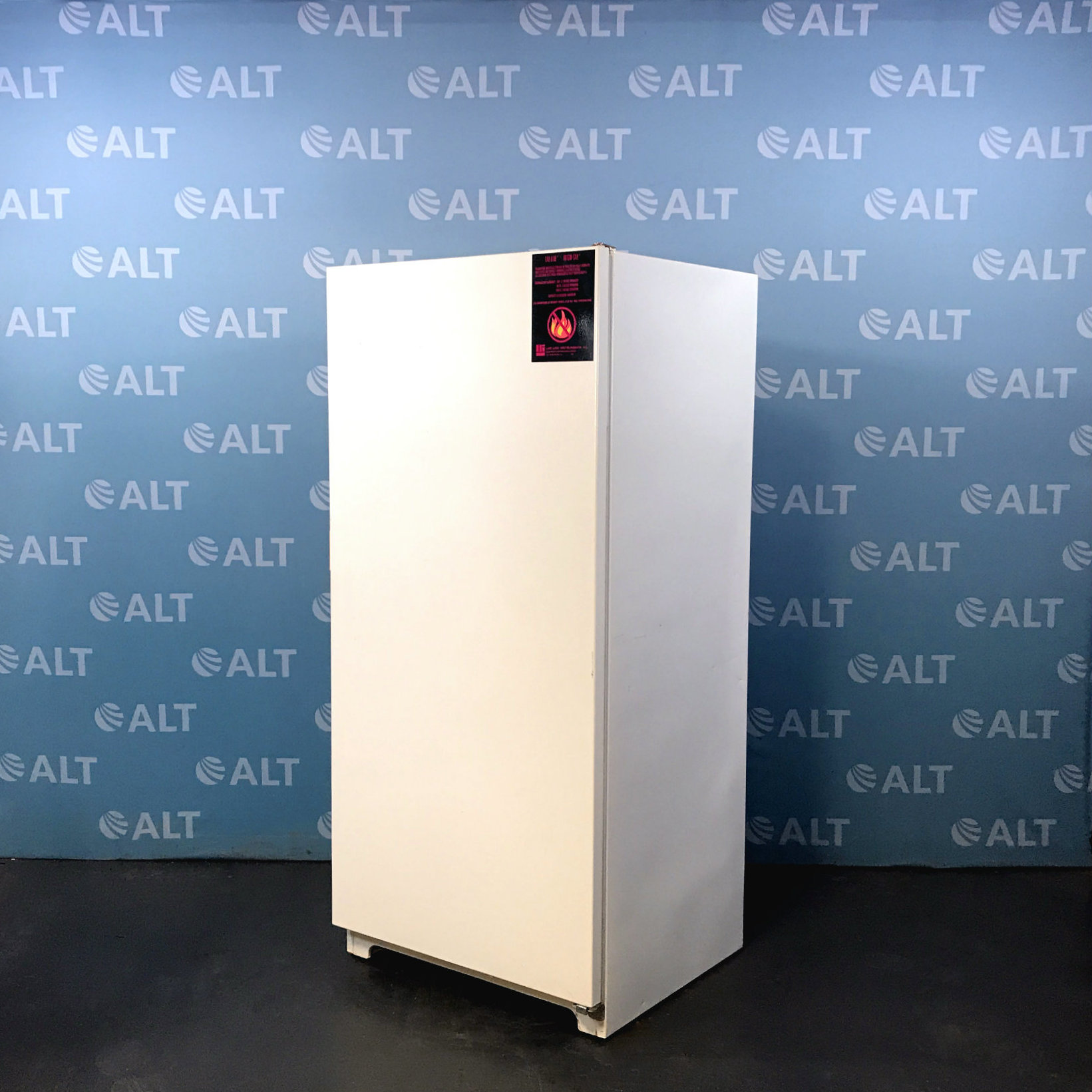 Lab-Line Frigid-Cab 3552-10 Flammable Material Storage -20 Degree Freezer Image