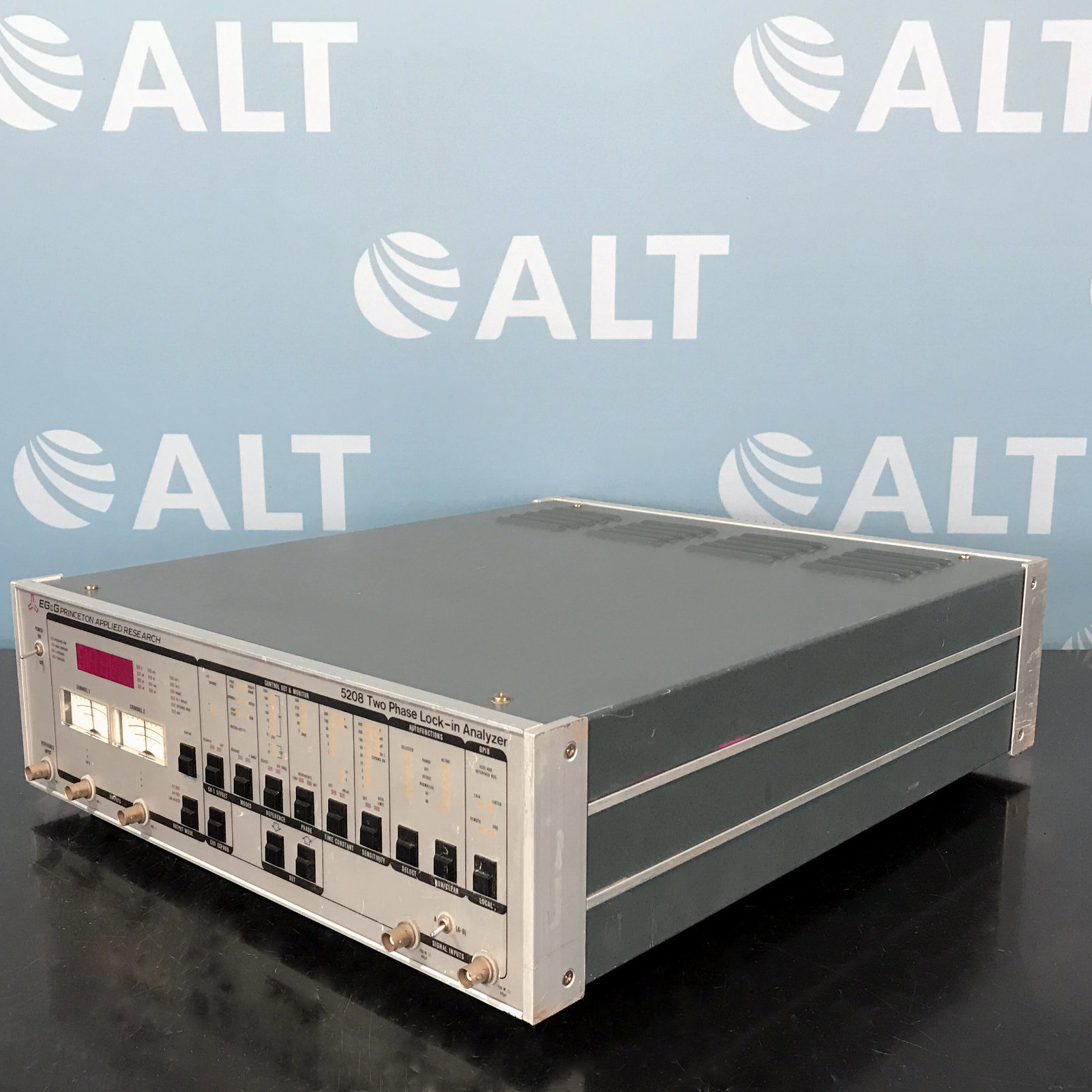 EG&G Princeton Applied Research 5208 Two Phase Lock-in Analyzer Image