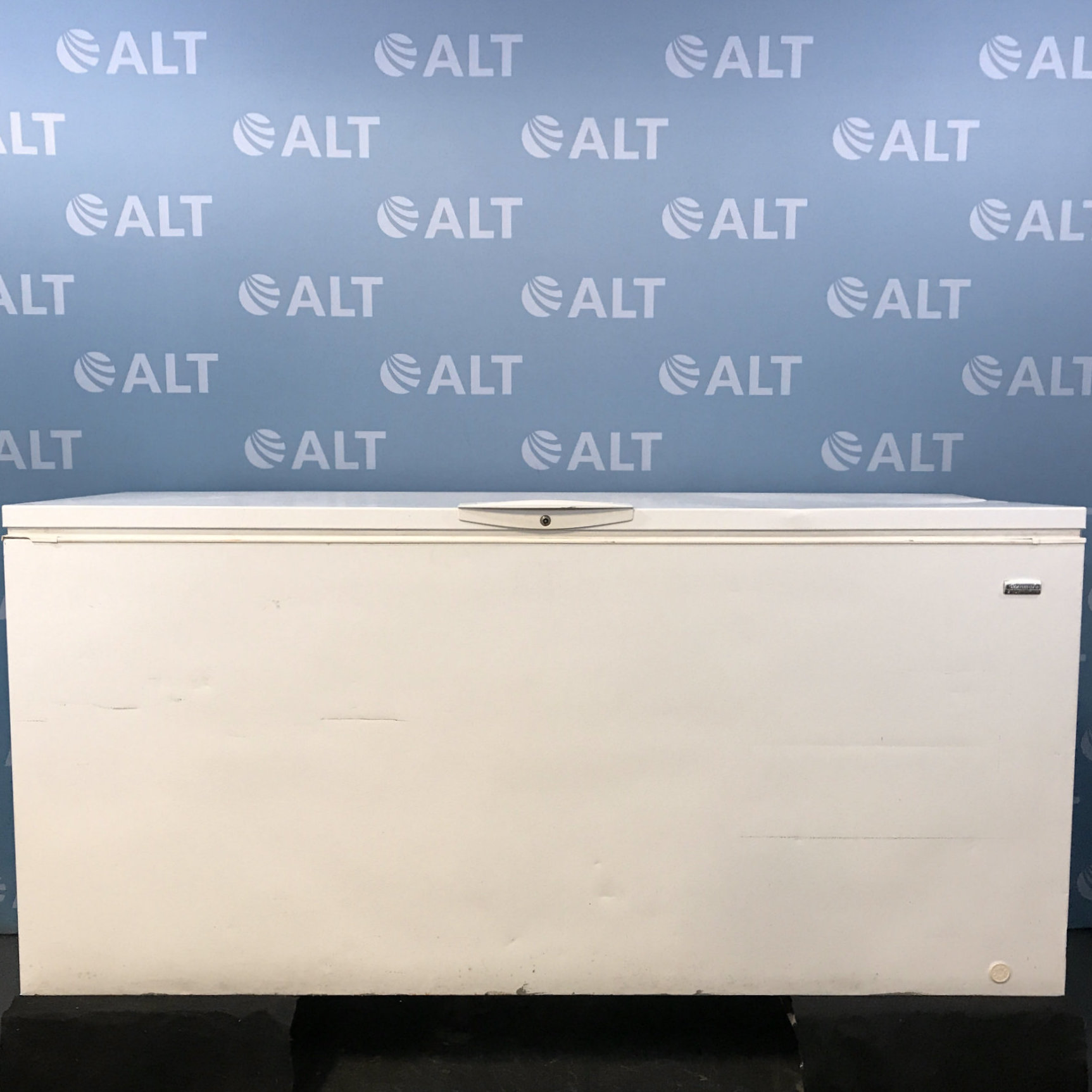 24.6 cu. ft. Chest Freezer Model 253.16582102 Name