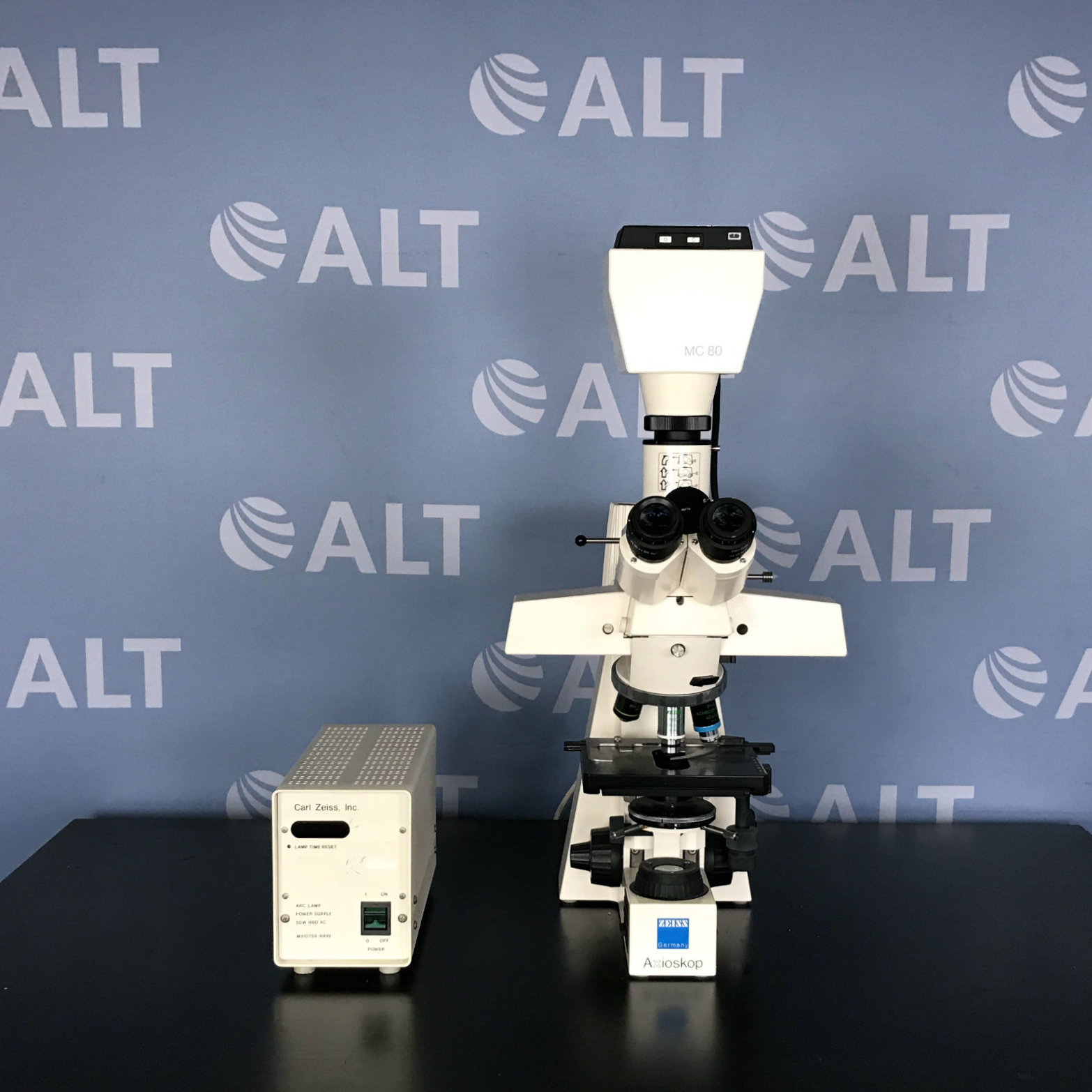 Carl Zeiss  AxioSkop Upright Fluorescence Microscope Image