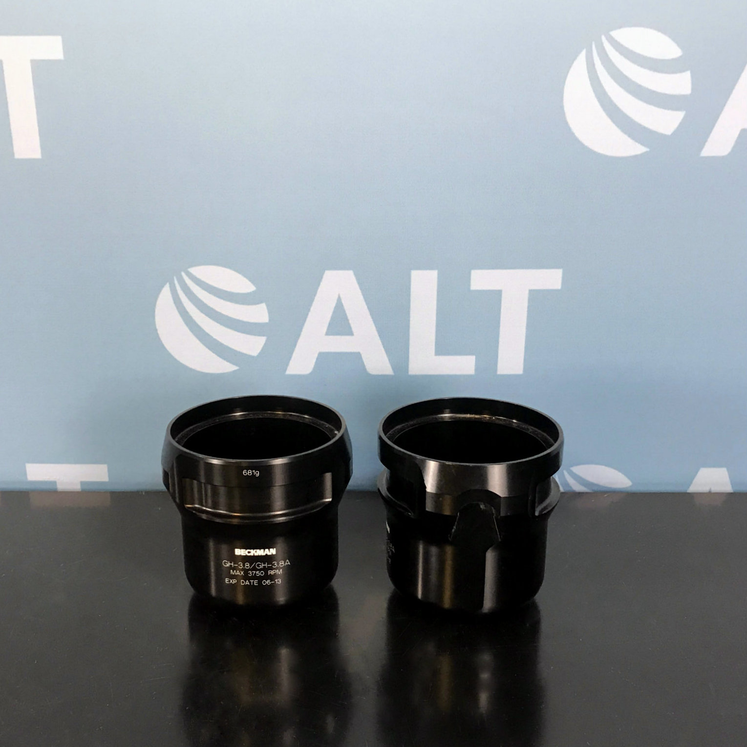 Beckman Coulter Set of 2 GH-3.8/GH-3.8A Swinging Rotor Buckets Image