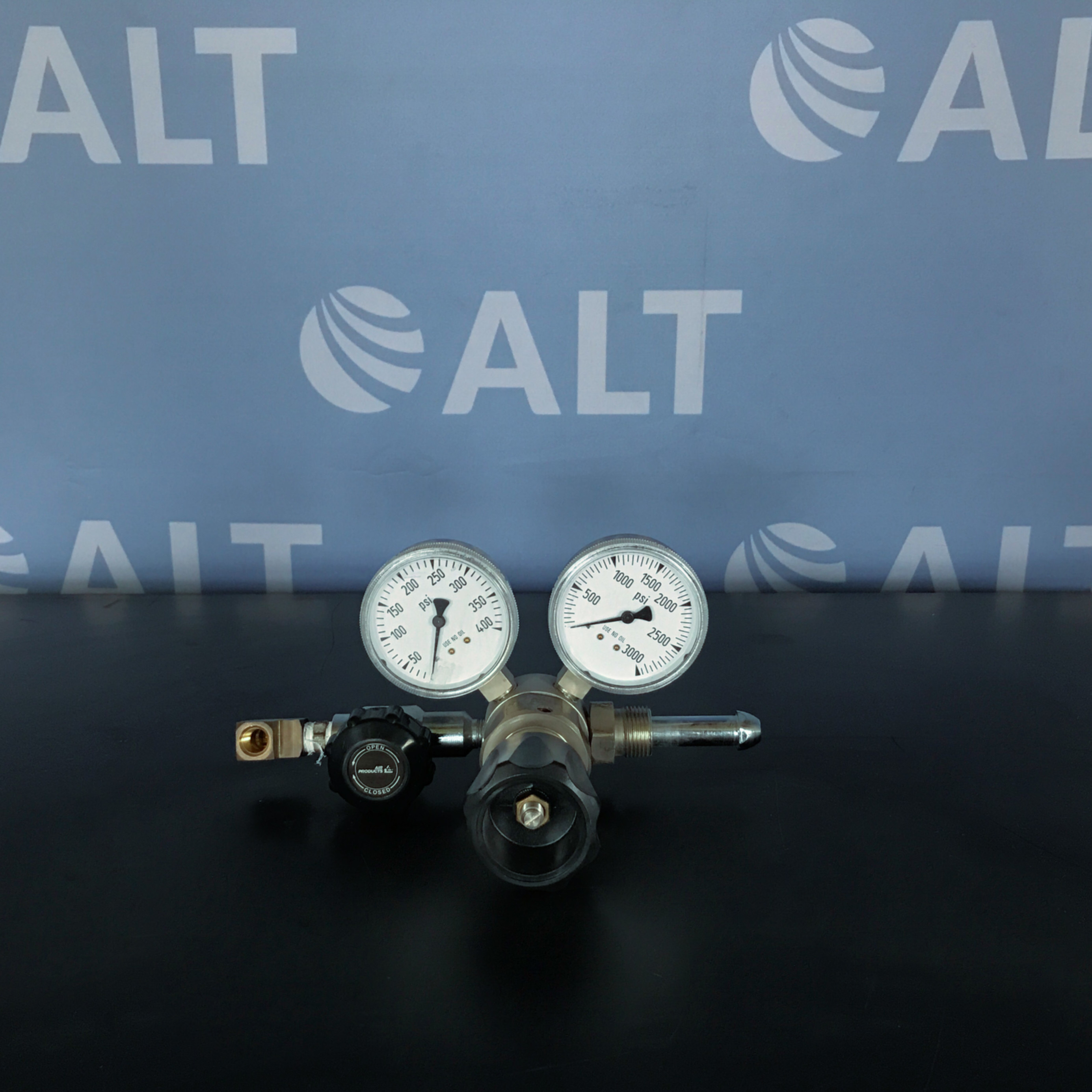 Air Products E11-N145F Pressure Regulator Image
