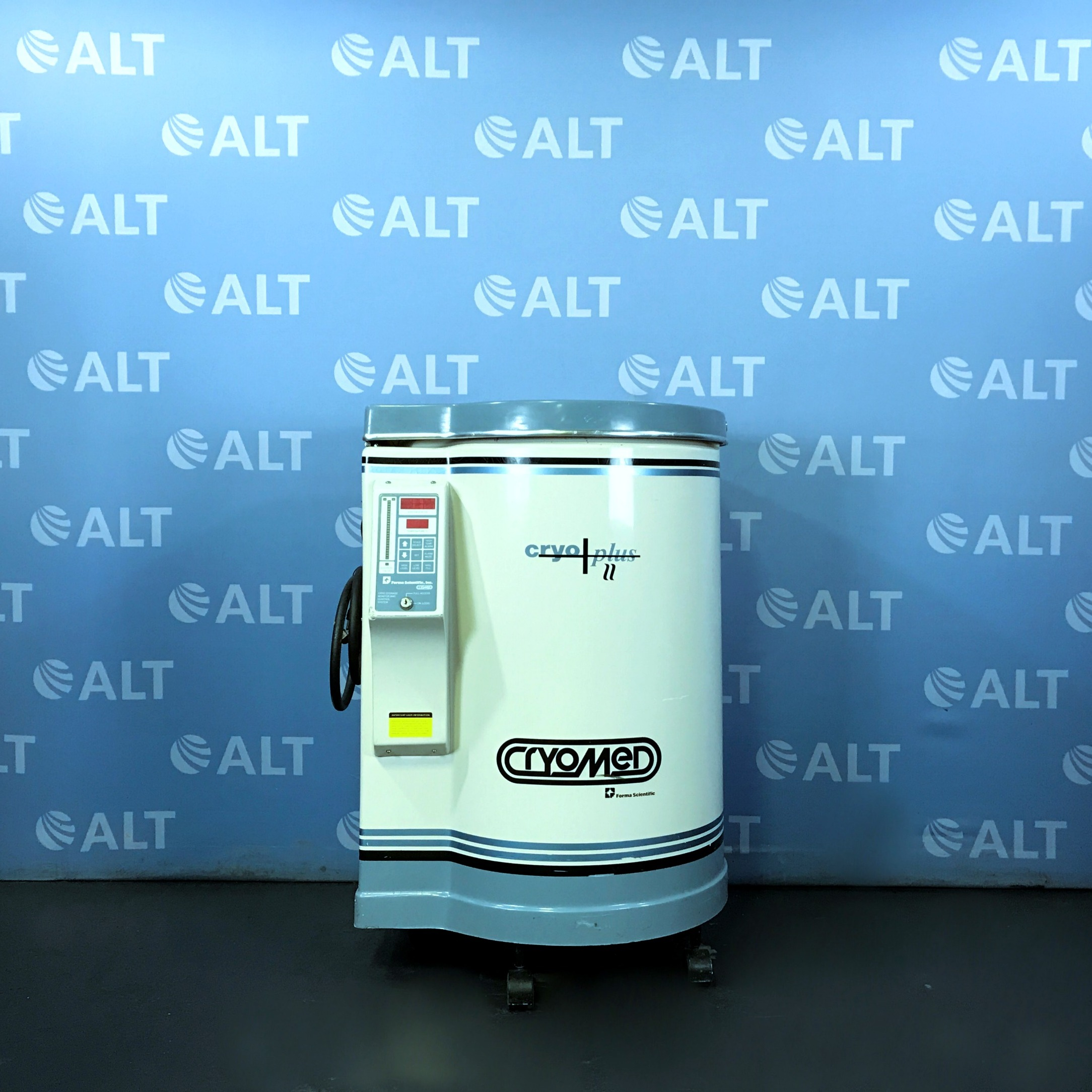 Cryomed / Cryoplus II Liquid Nitrogen Storage Vessel Model 8175 Name