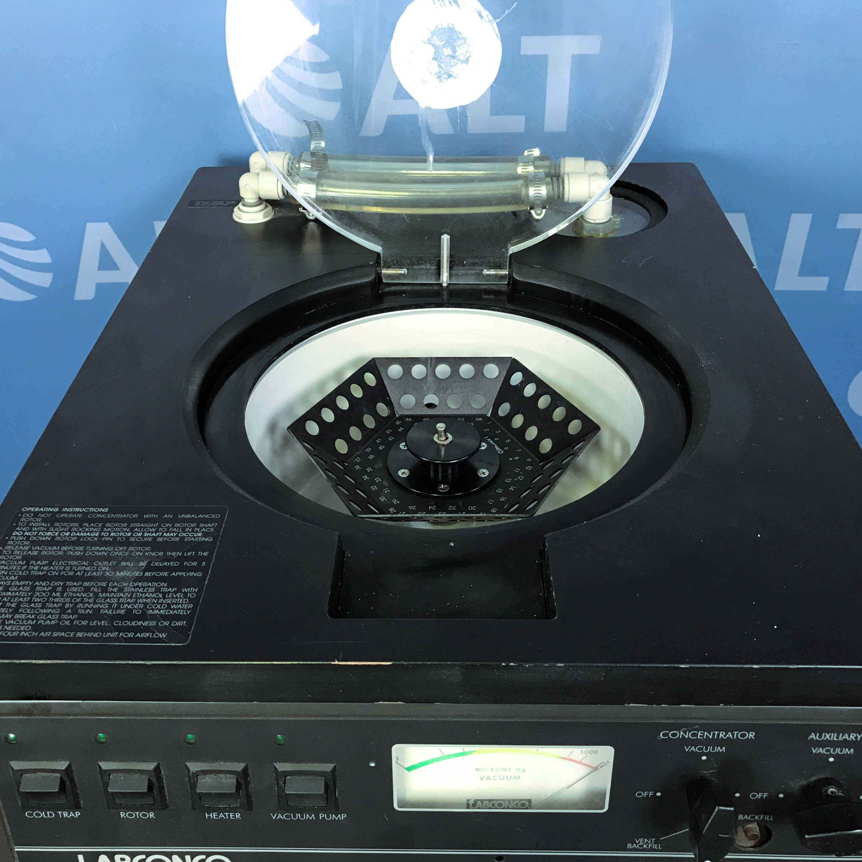 Labconco CentriVap 78120-00 Mobile Centrifugal Concentrator System Image