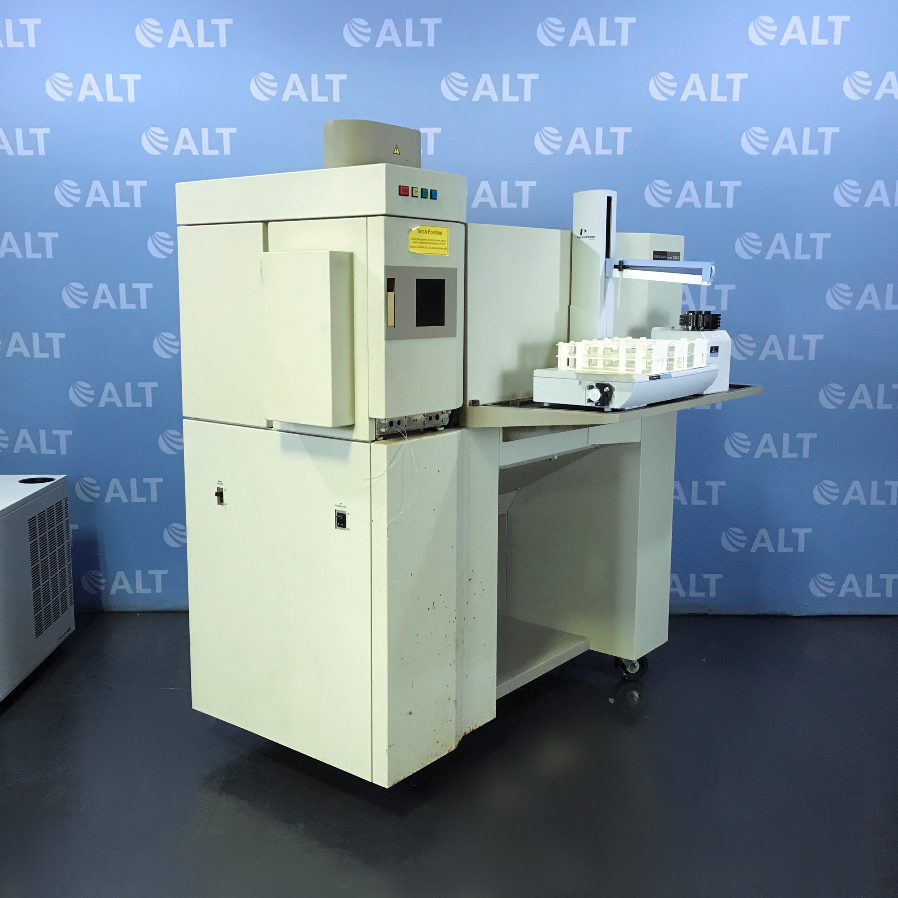 PerkinElmer Optima 3000 XL ICP-OES Spectrometer with Perkin Elmer S10 Autosampler Image