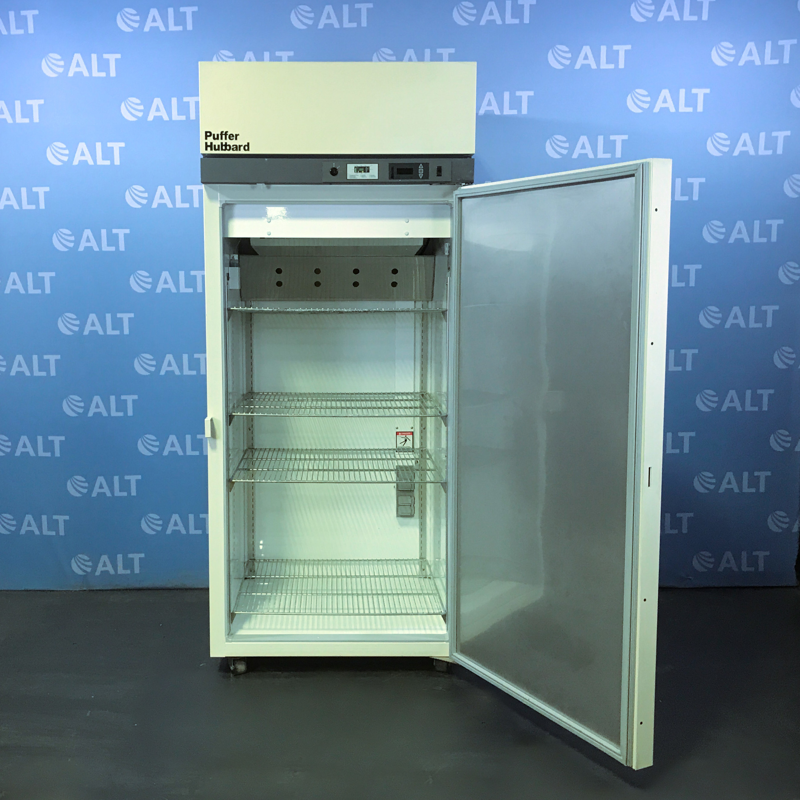 Puffer Hubbard Model LR430D20 General Purpose Laboratory Refrigerator Image