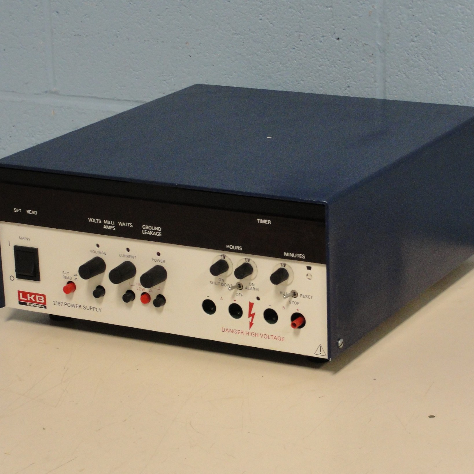 LKB Bromma 2197 Power Supply Image