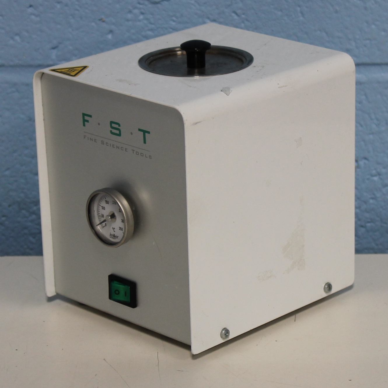 KeLLer FST Fine Scientific Tools 250 Heater Image