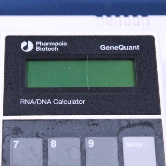 Pharmacia Biotech GeneQuant RNA/DNA Calculator Image