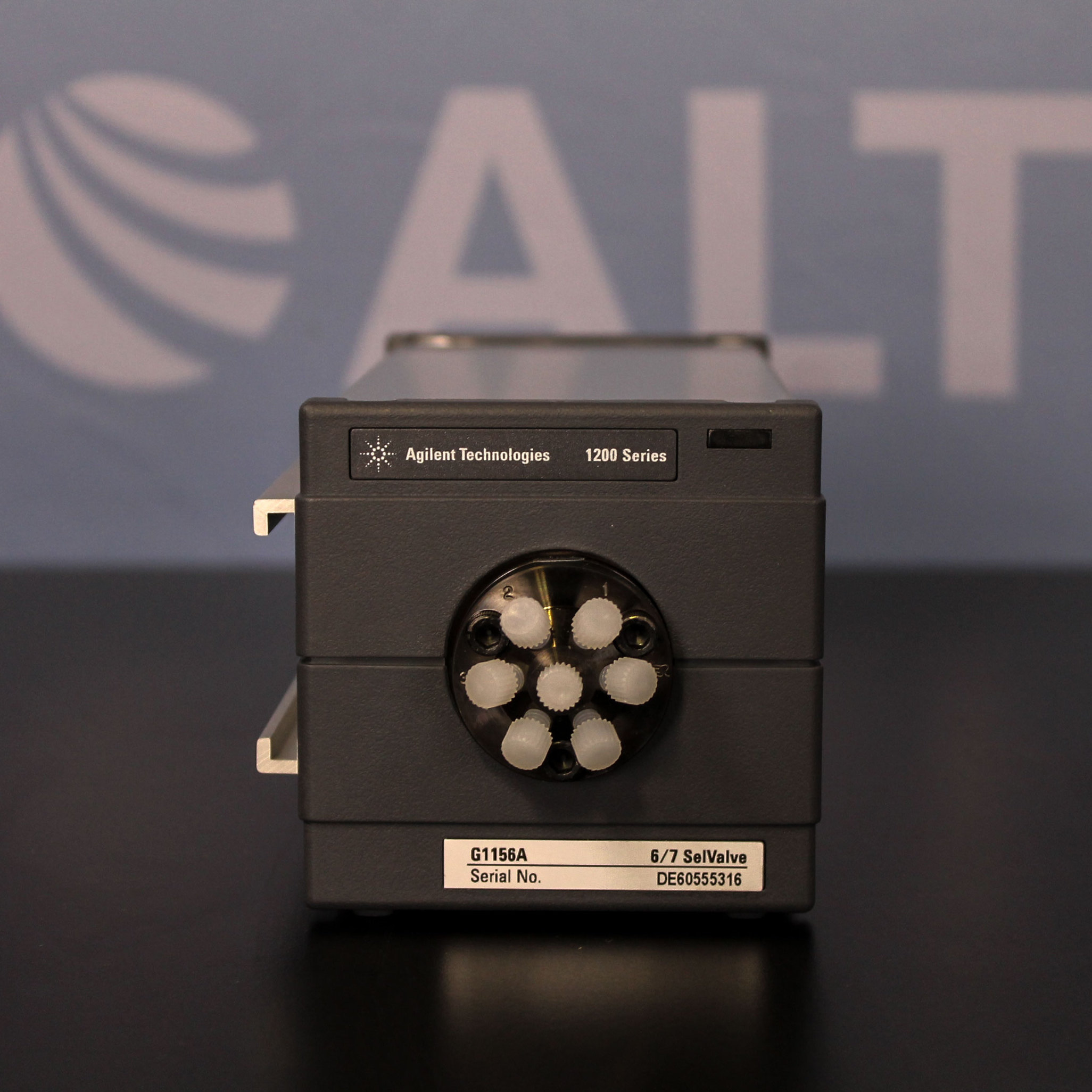 Agilent Technologies G1156A 6 Position / 7 Port Selection Valve  Image