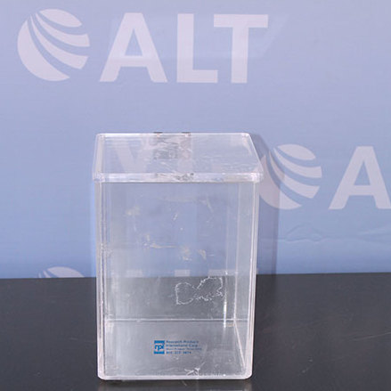 Research Products International Acrylic Desiccator  Image