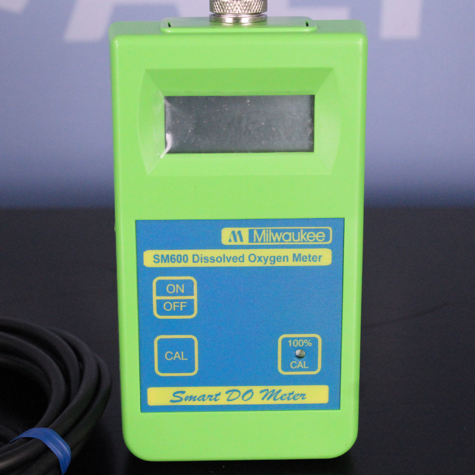 Milwaukee SM600 Portable Dissolved Oxygen Meter Image