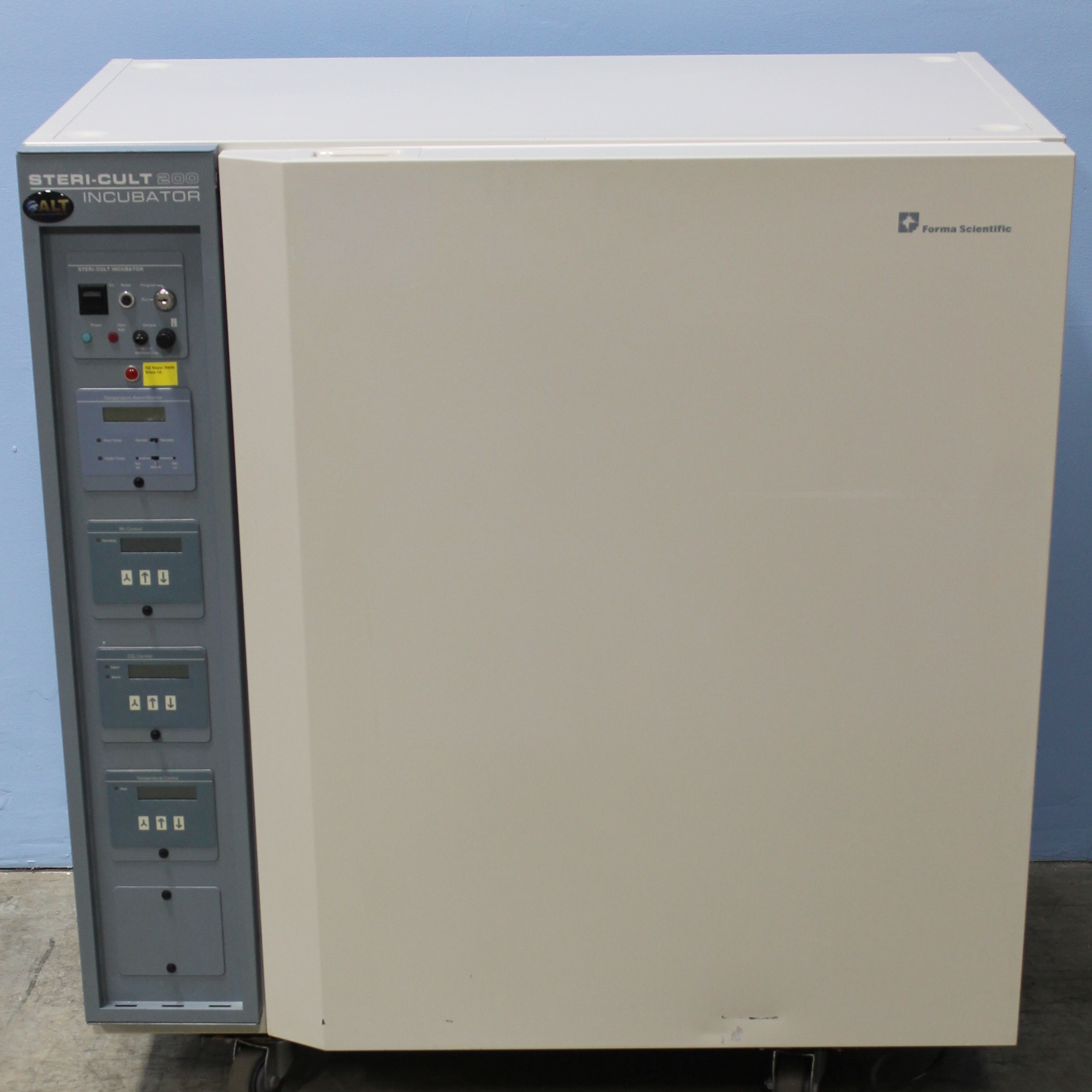 Forma Scientific 3033 Steri-Cult 200 CO2 Incubator Image