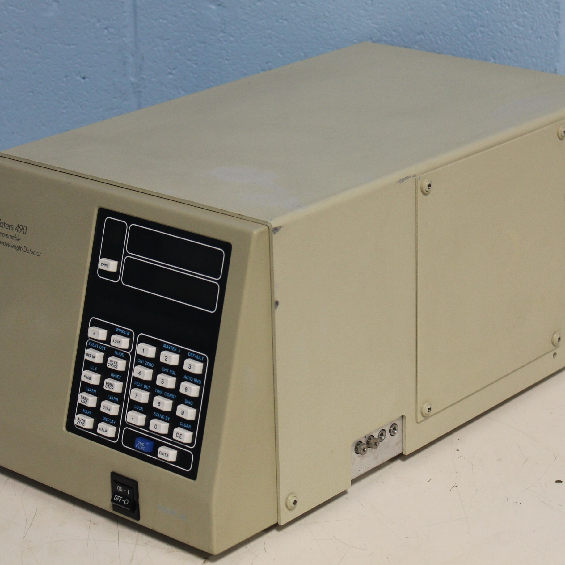 Waters 490 Programmable Multiwavelength Detector Image