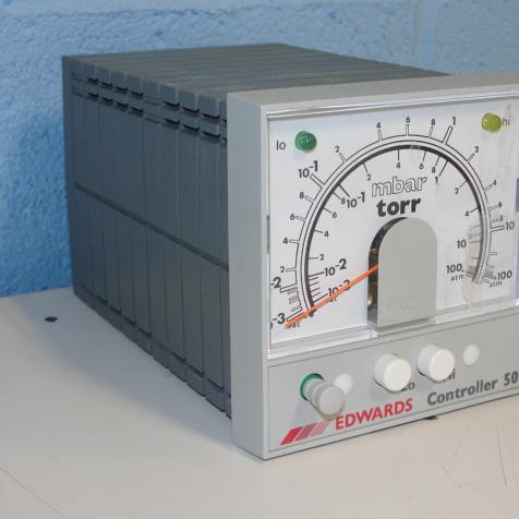 Edwards 503 Controller TORR Image