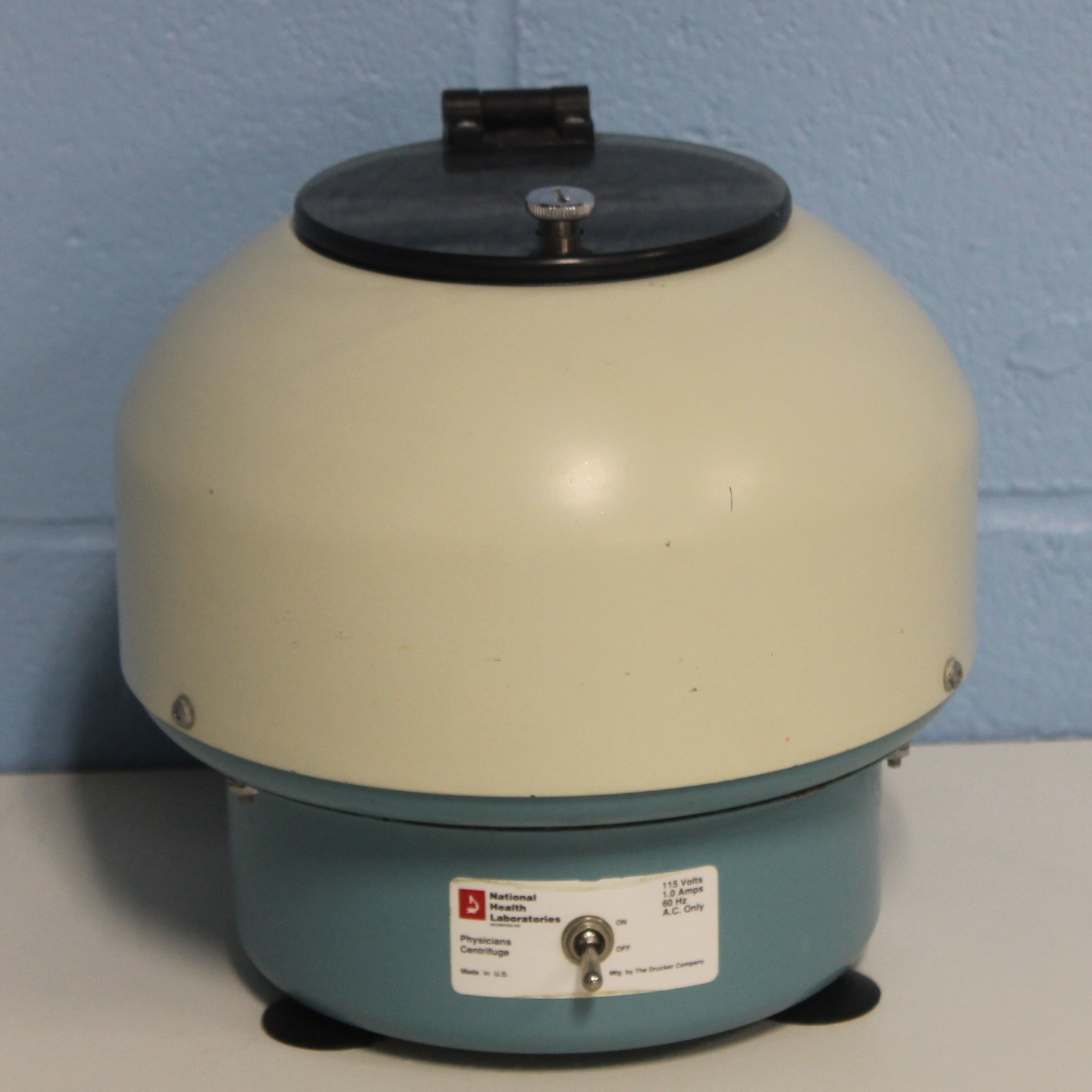 Refurbished Drucker 611 B Physicians Centrifuge Benchtop