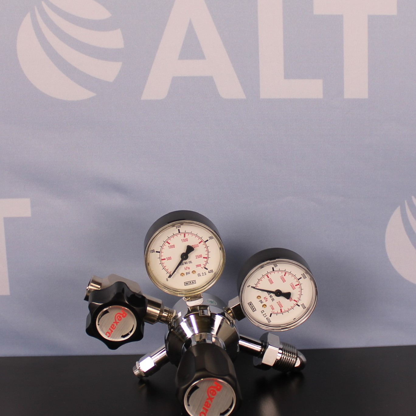 Rexarc Model 910 Single Stage Stainless Steel Cylinder Regulator  Image
