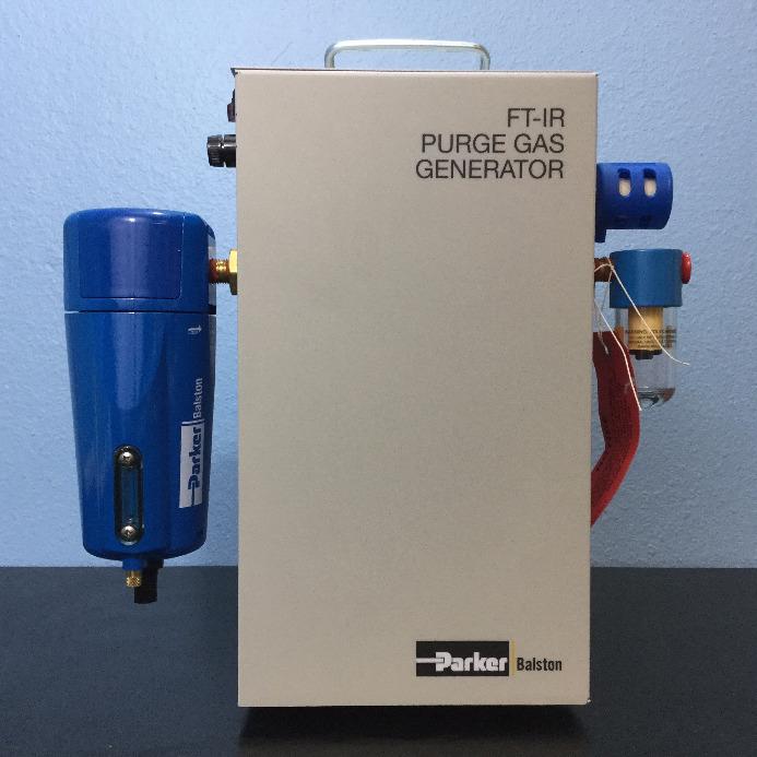 FT-IR Purge Gas Generator Model 75-45