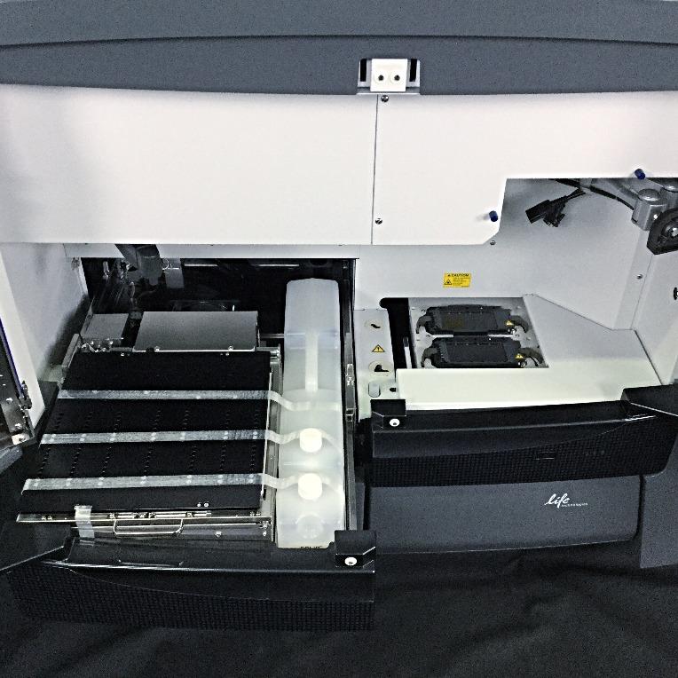 Applied Biosystems 5500xl SOLiD Genetic Analyzer Image
