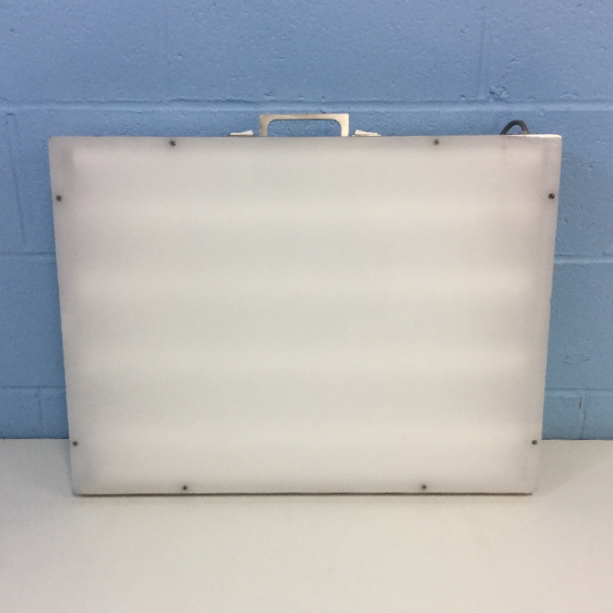Laboratory Supplies G129E2 Light Box Image
