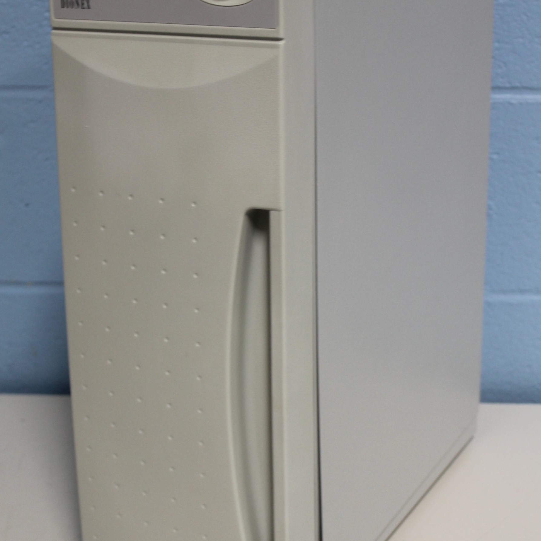 Dionex AS50 Chromatography Compartment Image