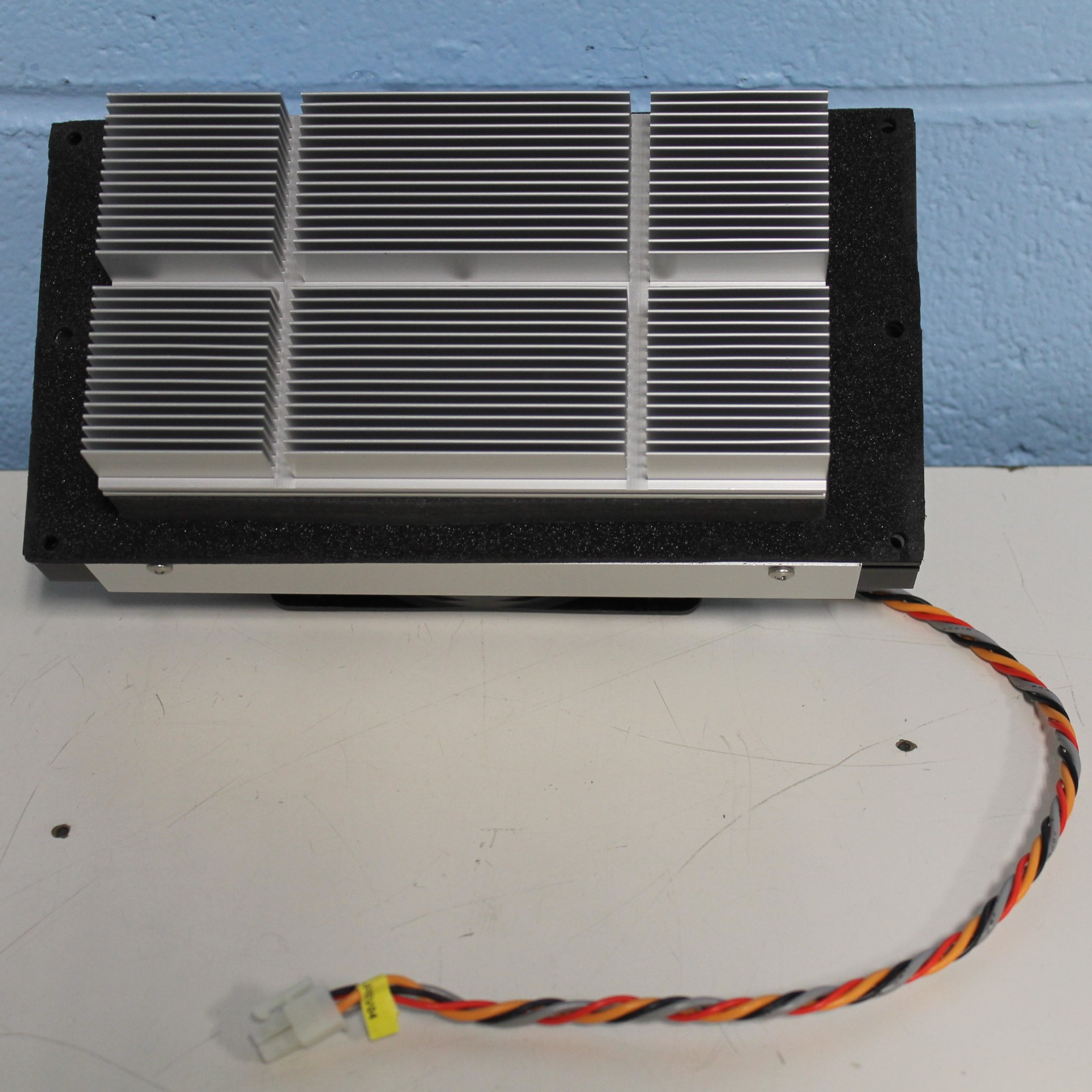 Laird Technologies Air-to-Air (AA) Thermoelectric Assembly Systems Image
