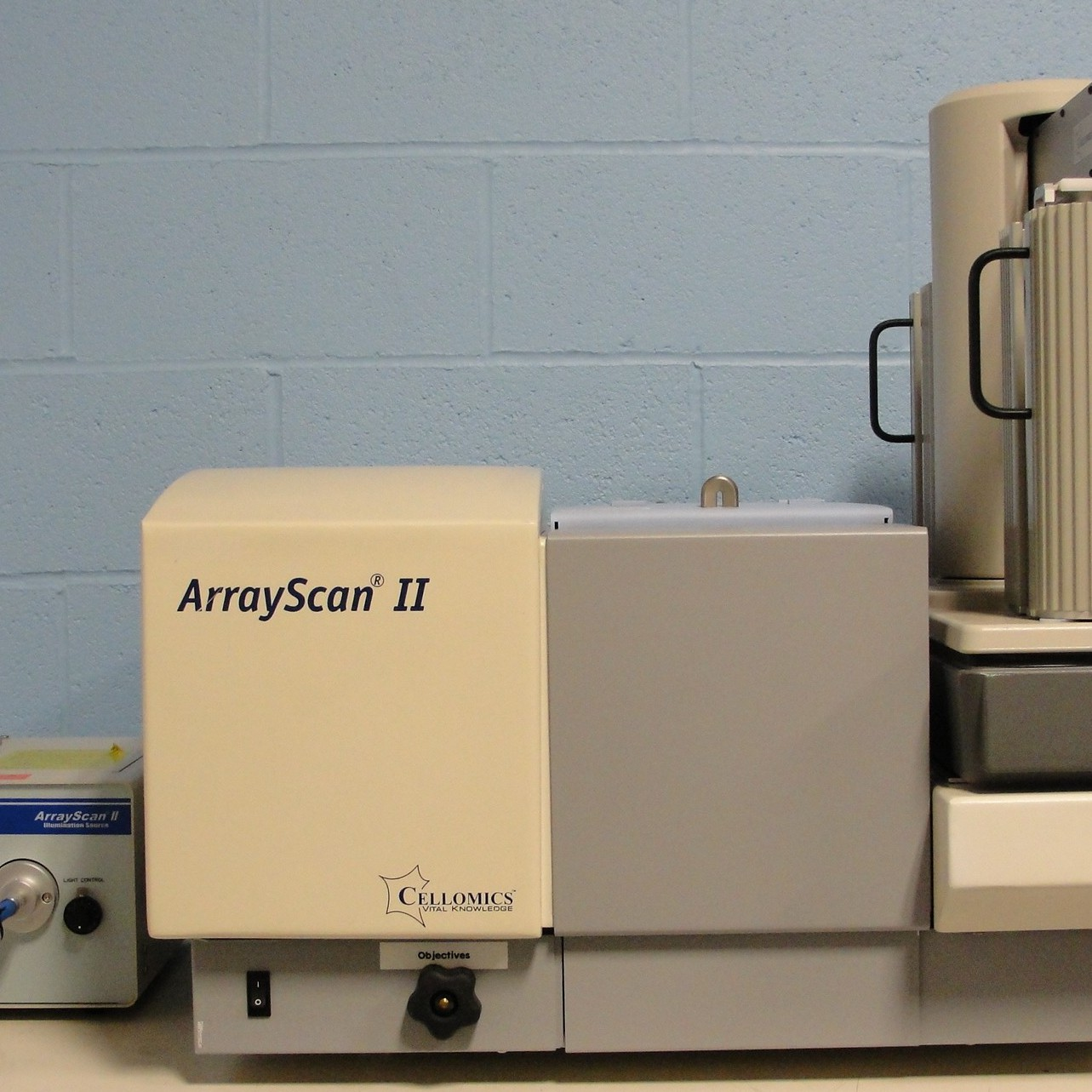 Cellomics ArrayScan II HCS/High Content Screening System Image
