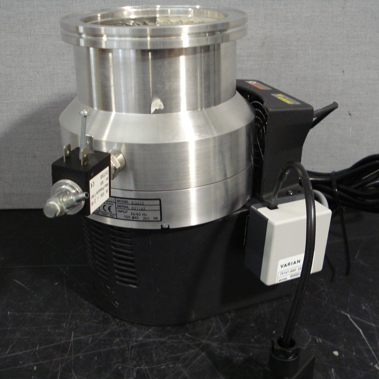 Varian Autoflex Turbo Pump Model SQ266 Image
