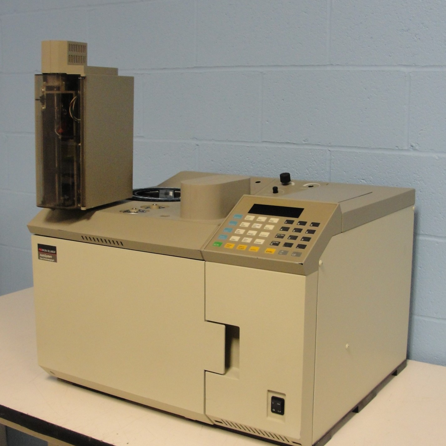 Perkin Elmer Autosystem Gas Chromatograph with Dual Split/Splitless Injectors Image