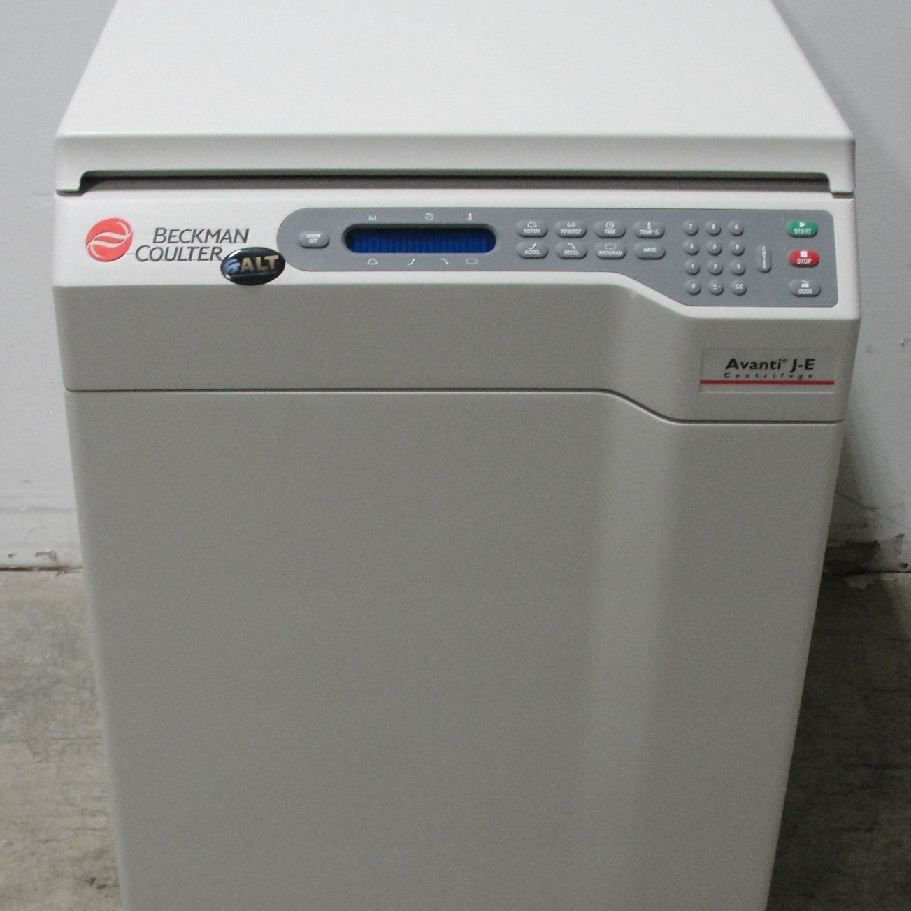 Beckman Coulter Avanti J-E High-Performance Centrifuge Image