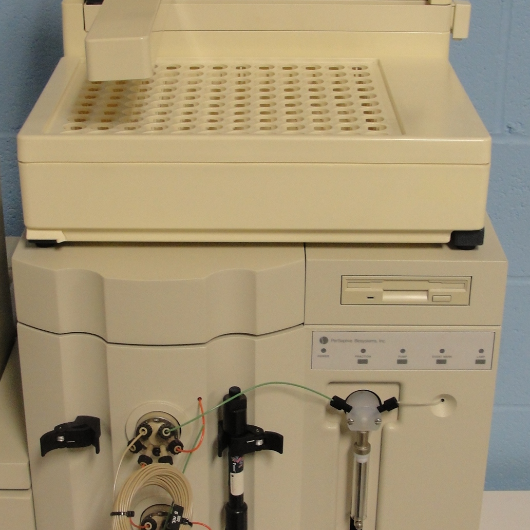 Perseptive Biosystems Bio Cad 700E Perfusion Chromatography Image