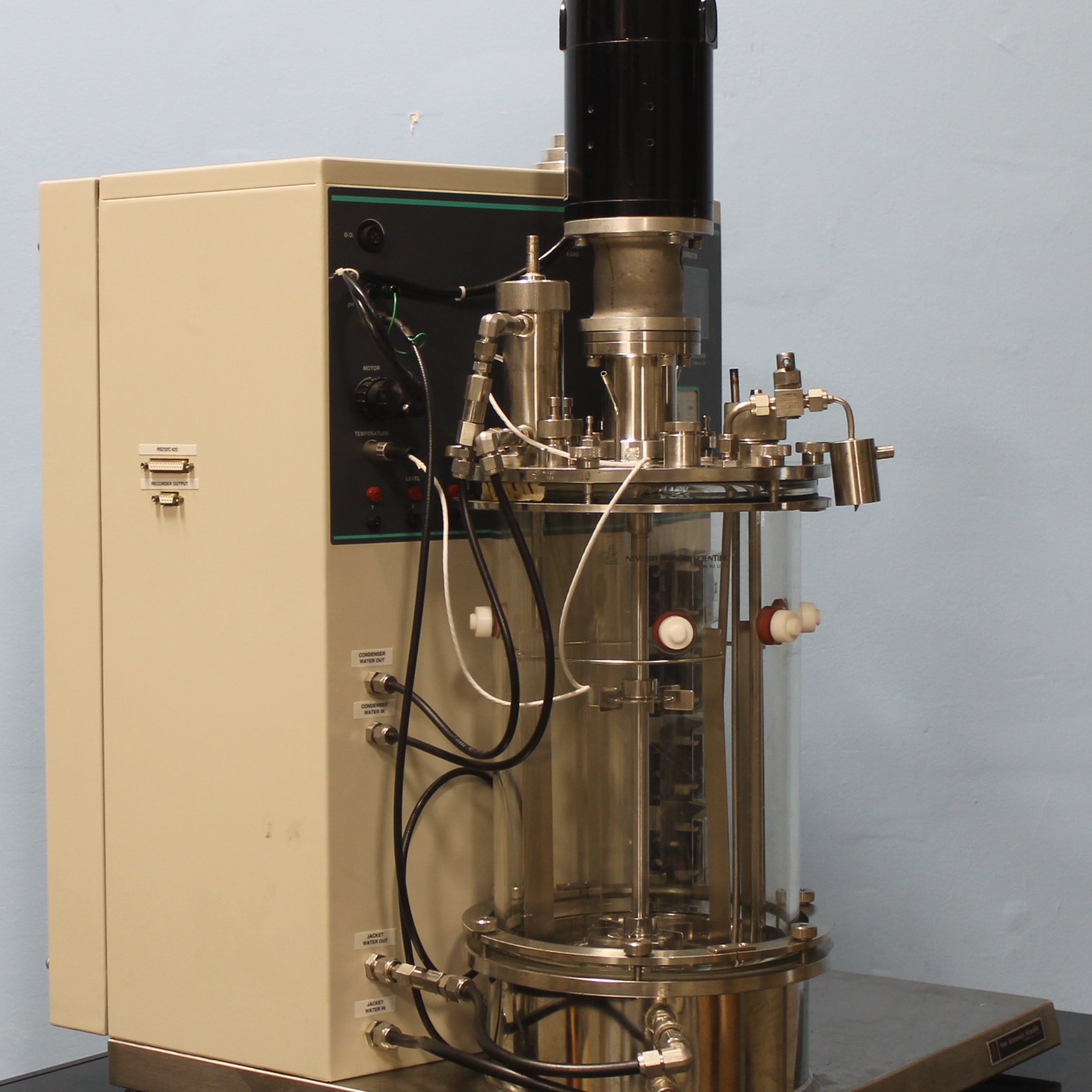 New Brunswick Scientific Co BioFlo 3000 Fermentor Image