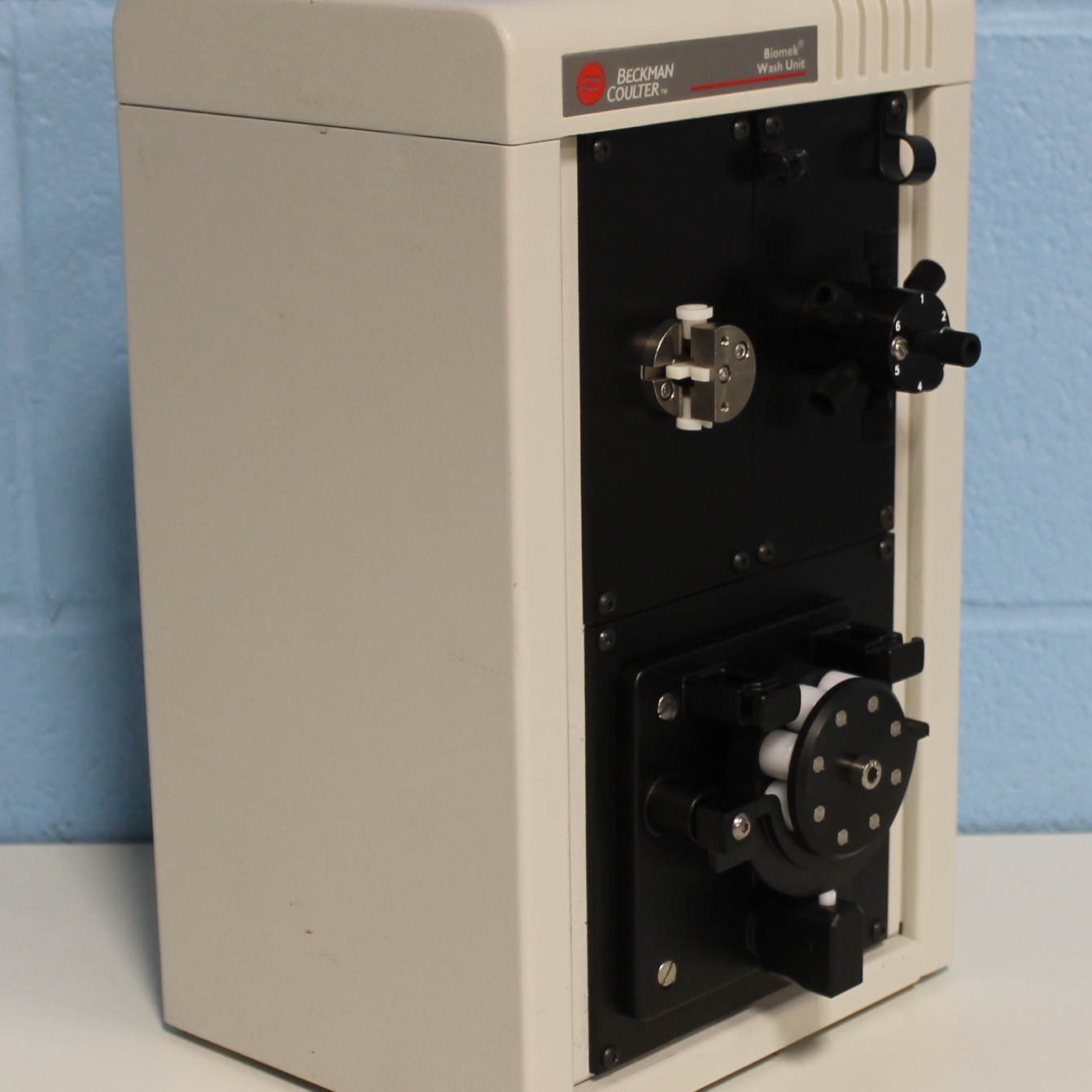 Beckman Coulter Biomek Wash Unit with Automatic 6-Port Valve Image