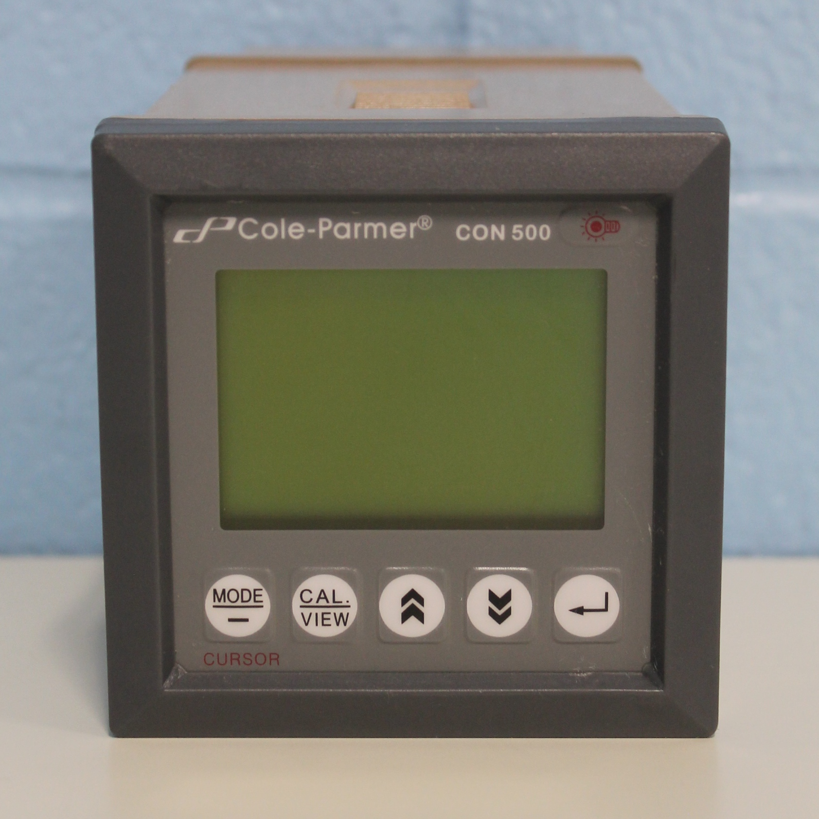 Cole-Parmer CON 500 Conductivity and Temperature Meter Image