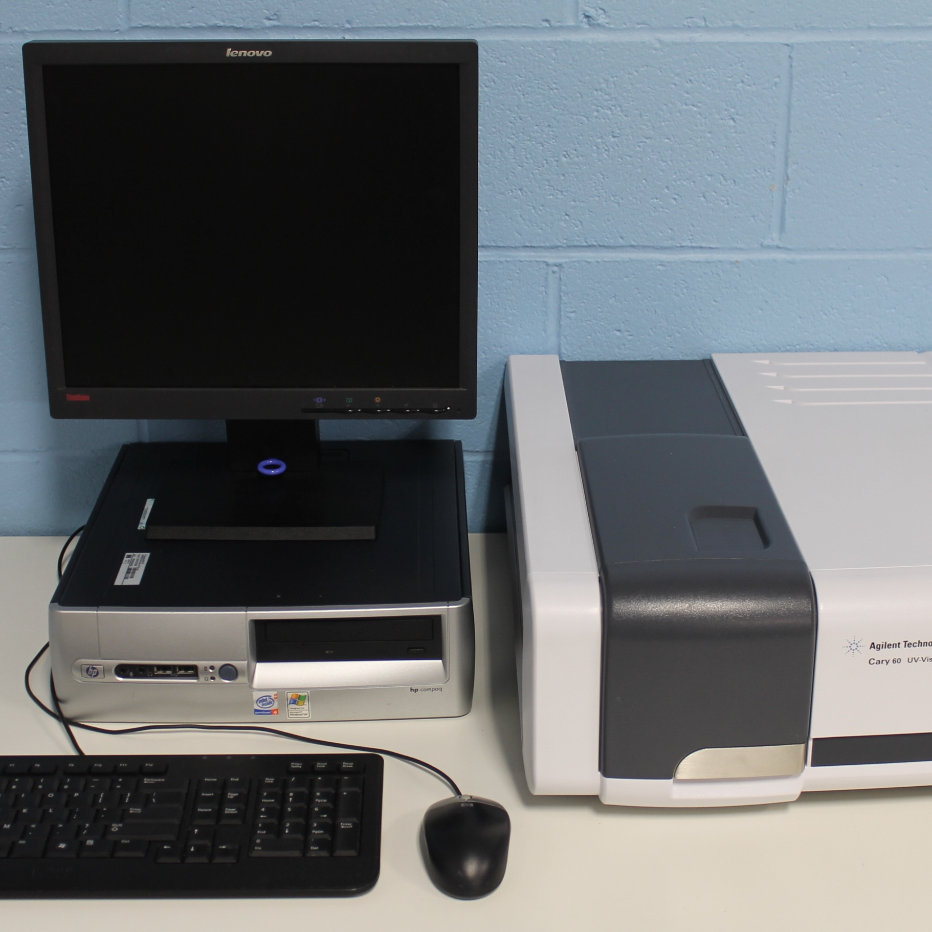 Agilent Technologies Cary 60 UV-Vis Spectrophotometer Model G6860A Image